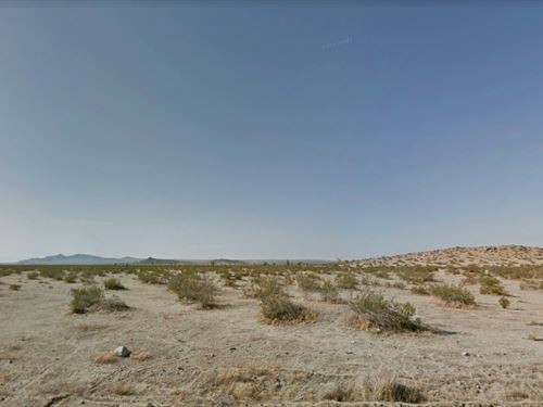 2.57 Acres In Palmdale, CA : Palmdale : Los Angeles County : California