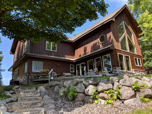 Fantastic Home On 2 Lakes : Watersmeet : Gogebic County : Michigan