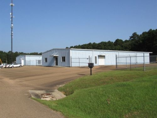 2 Commercial Bldgs On 2.2 Acres : McComb : Pike County : Mississippi