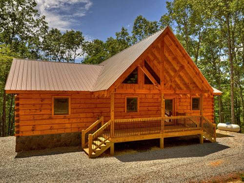 New True Log Home, Blue Mtn Views : Blue Ridge : Fannin County : Georgia