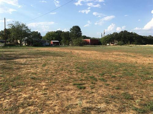 Large Real Estate Tract To Develop : Brownwood : Brown County : Texas