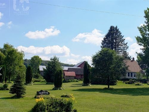 Historic Farm Home On 43 Acres Wi : Log : Sauk County : Wisconsin