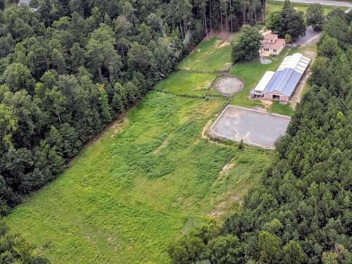 Horse Farm In Prime Nc Location : Chapel Hill : Orange County : North Carolina
