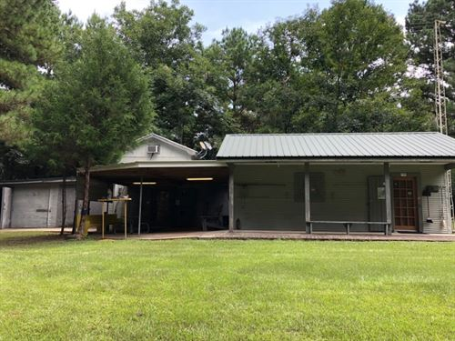 Camp On 41 Acres / Jefferson Davis : Prentiss : Jefferson Davis County : Mississippi