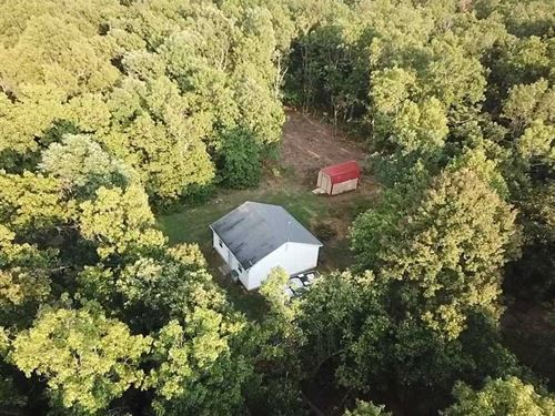 100 Acre Turn-Key Property And : Tunas : Dallas County : Missouri