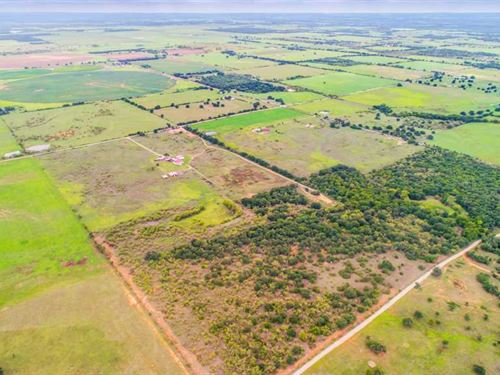Eastland 10 Acres Beautiful Home : Eastland : Texas