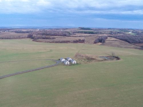 Crop Land And Spacious Barns : Manlius : Onondaga County : New York