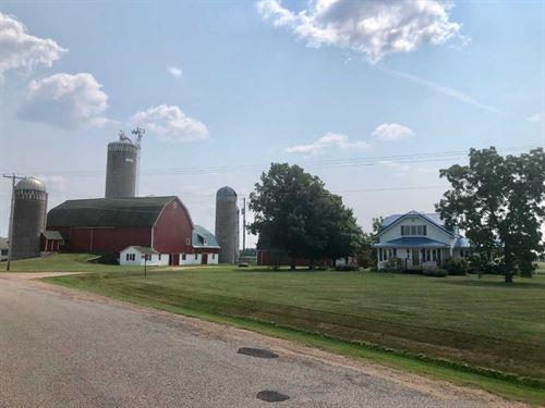 Beautiful Farm In Central Wisconsin : Marshfield : Marathon County : Wisconsin