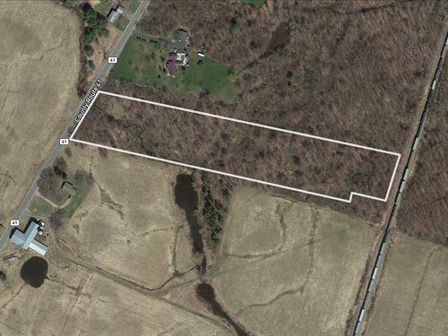 Strip Of Land Near Fishing : Richland : Oswego County : New York