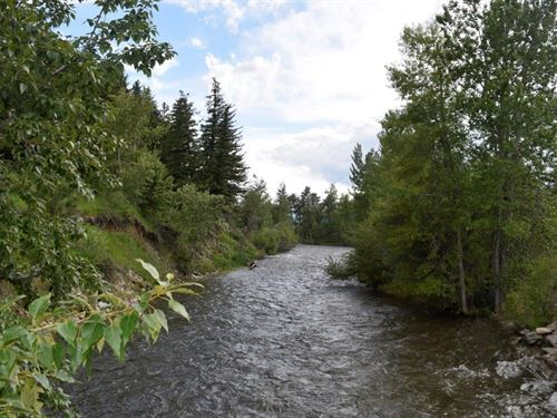 Stunning Views Of The Absaroka-Bear : Roberts : Carbon County : Montana