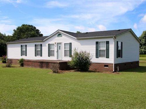 Three Bedroom Home With Workshop : Gates : North Carolina