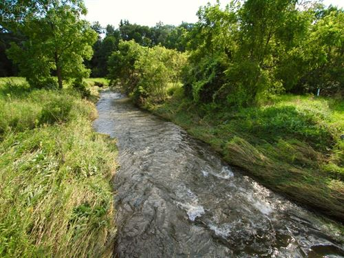 Stunning Retreat On Renowned Trout : Hollandale : Iowa County : Wisconsin
