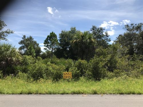 Awesome Property Well Below Market : Port Charlotte : Charlotte County : Florida