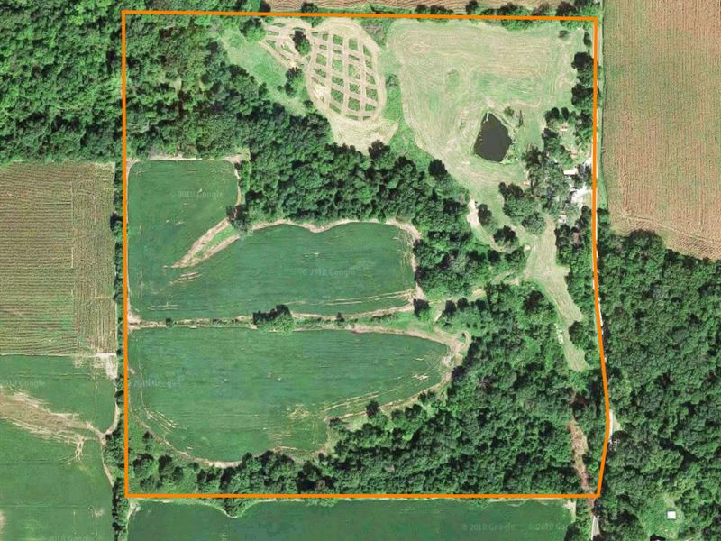 Farm With 2Br Home : Griggsville : Pike County : Illinois