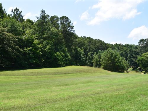 Mini Farm Near Weiss Lake : Cedar Bluff : Cherokee County : Alabama