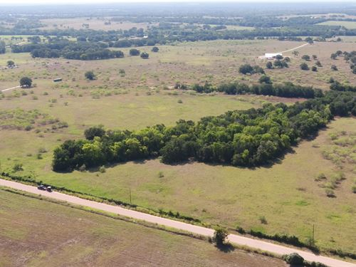 20.4 Acres Ready For Improvements : Rockdale : Milam County : Texas