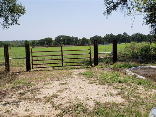 10 Acres, Great Site For House : Cleburne : Johnson County : Texas