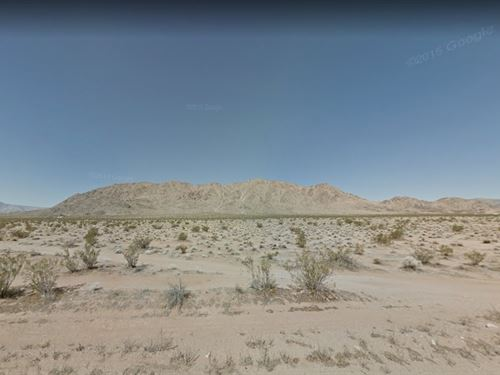 San Bernardino County, Ca $300,000 : Lucerne Valley : San Bernardino County : California