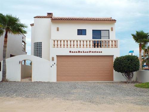Home, Mexico, Puerto Pe Asco, Rocky : Puerto Peñasco : Mexico