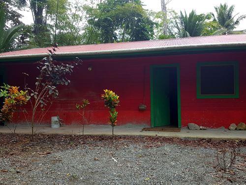 Titled Partly Finished Bocas Del : Big Creek : Panama