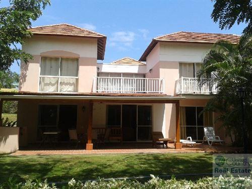 Costa Blanca Townhouse Golf Villas : Farallón : Panama