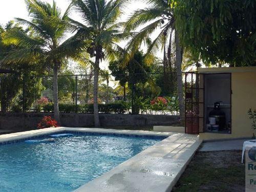 Beach Home In Coronado : Chame : Panama