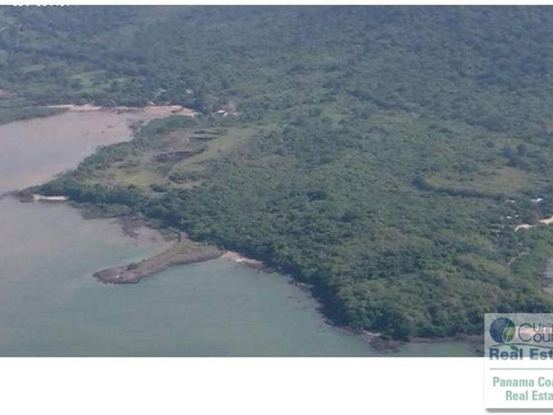 Panama Land Arraijan 998 Hectares : Arraiján : Panama