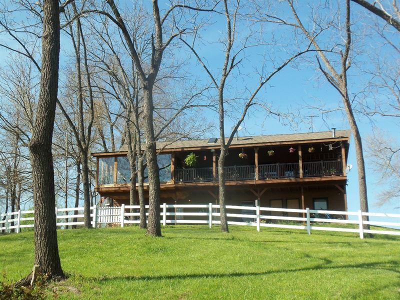 Cedar Log Ranch Crooked Creek Home : Harrison : Boone County : Arkansas