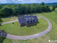 Horse Farm Arkansas Custom Built : Mena : Polk County : Arkansas