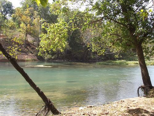 River Front-Homesite : Mammoth Spring : Fulton County : Arkansas