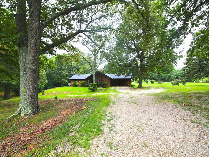 Brick Home Large Lot Edge Mammoth : Mammoth Spring : Fulton County : Arkansas