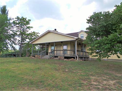 Country Home/Farm In Searcy County : Saint Joe : Searcy County : Arkansas