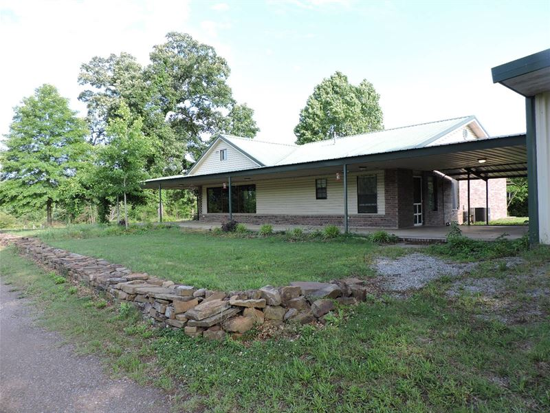 Huge Country Home And Mini Farm : Waldron : Scott County : Arkansas