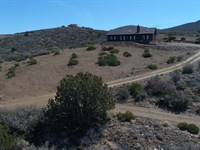 Privacy, Views, Reduced Price Too : Dewey-Humboldt : Yavapai County : Arizona