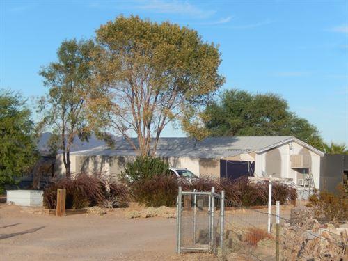 Desert Property-Horse Property : Salome : La Paz County : Arizona