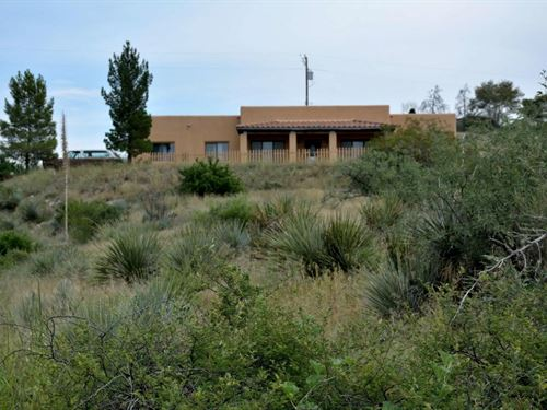 Santa Fe Style House 5 Acres : Benson : Pima County : Arizona