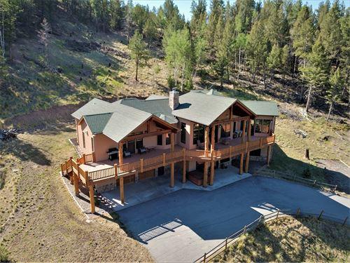 Custom Mountain Home, 60 Acres : Villa Grove : Saguache County : Colorado
