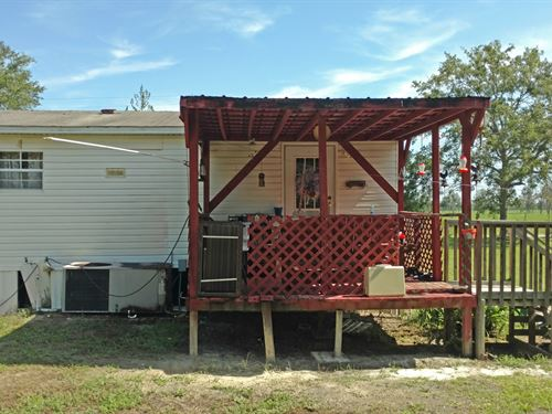 Mobile Home In Fort White, Florida : Lake City : Columbia County : Florida