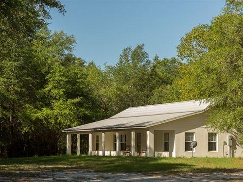 Beautiful Country Home 10 Acres : Live Oak : Suwannee County : Florida