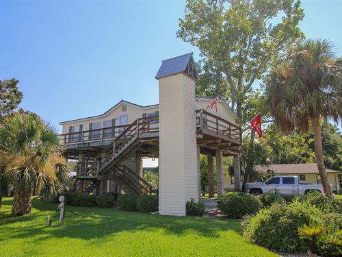 Suwannee Florida Retreat : Suwannee : Dixie County : Florida
