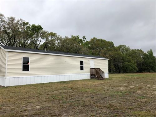 Cute & Cozy Home Land, Trenton : Trenton : Gilchrist County : Florida