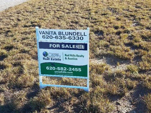 Coldwater Lake Lot 2007 Prairie : Coldwater : Comanche County : Kansas