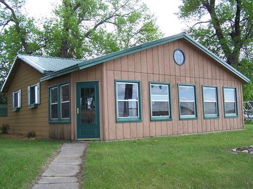 Cabin on Traverse Lake, MN : Beardsley : Traverse County : Minnesota
