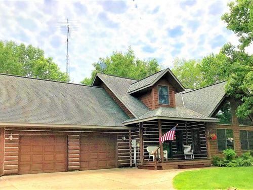 Log Style Home,Acres,Pasture,Hobby : Hinckley : Pine County : Minnesota
