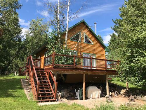 Cabin, Bunk Hse, Wooded Pine Acres : Holyoke : Carlton County : Minnesota