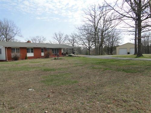 Ava Mo, Ranch House Small Acreage : Ava : Douglas County : Missouri