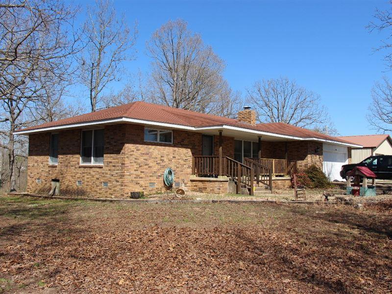 Gainesville, Missouri Country Home : Gainesville : Ozark County : Missouri