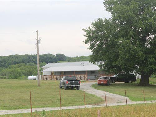Daviess County Mo Country Home : Hamilton : Daviess County : Missouri