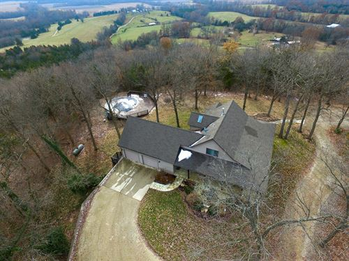 Country Home & Wooded Acreage : Hermann : Gasconade County : Missouri