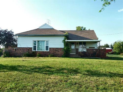 Large 2 Bedroom, 1 Bathroom Home : Hopkins : Nodaway County : Missouri